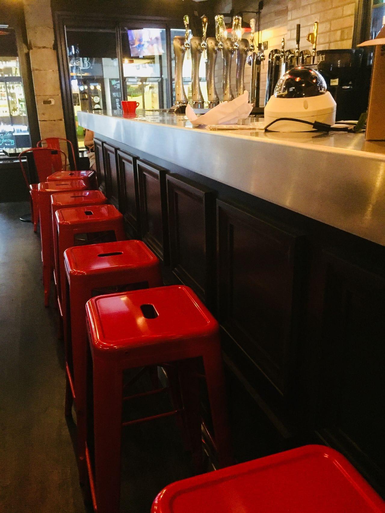Laps Agencement- Red Dog Café Lyon (2)